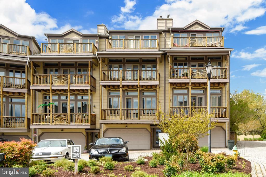 Nestled towards the end of the row of TH. - 7016 CLINTON CT #22A, ANNAPOLIS