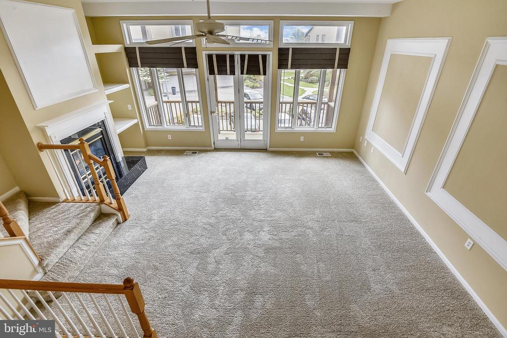 Overlooking the Living room from Bed #2/Den. - 7016 CLINTON CT #22A, ANNAPOLIS