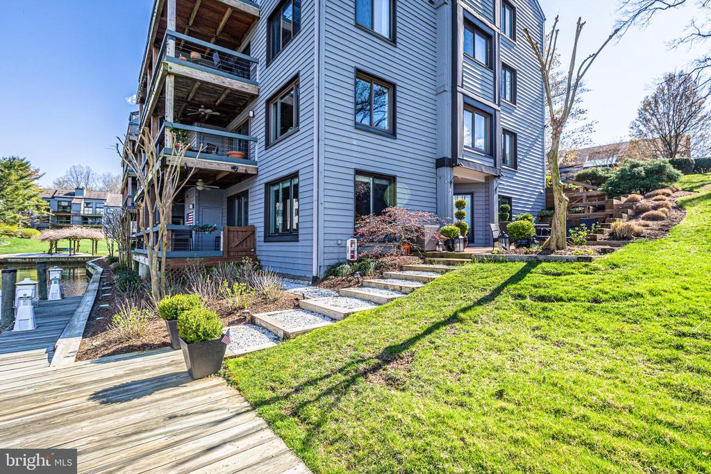 Terrace with 2 deeded slips and spacious deck - 12 SPA CREEK LNDG #A, ANNAPOLIS