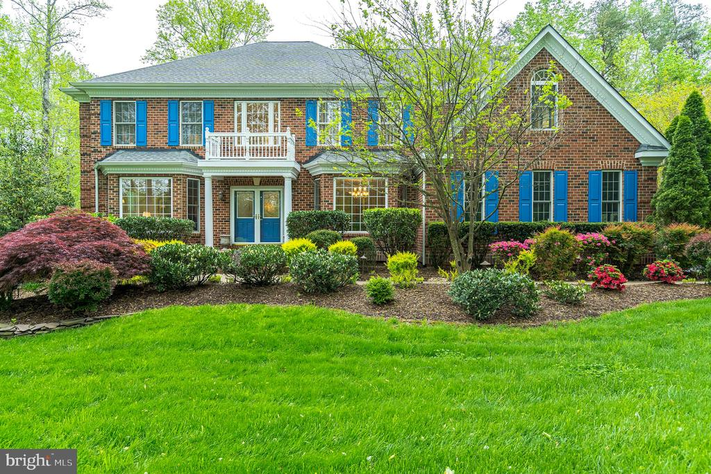 Beautiful brick front home in Hunters Pond - 20 WINDSONG WAY, STAFFORD