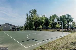 Catch a game of basketball or tennis - 9410 GEATON PARK PL, LANHAM