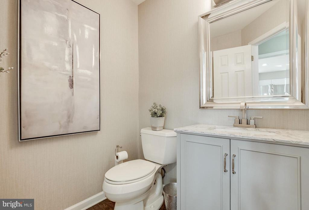 Main Level Powder Room has Granite Countertop - 4257 MOOT DR, DUMFRIES