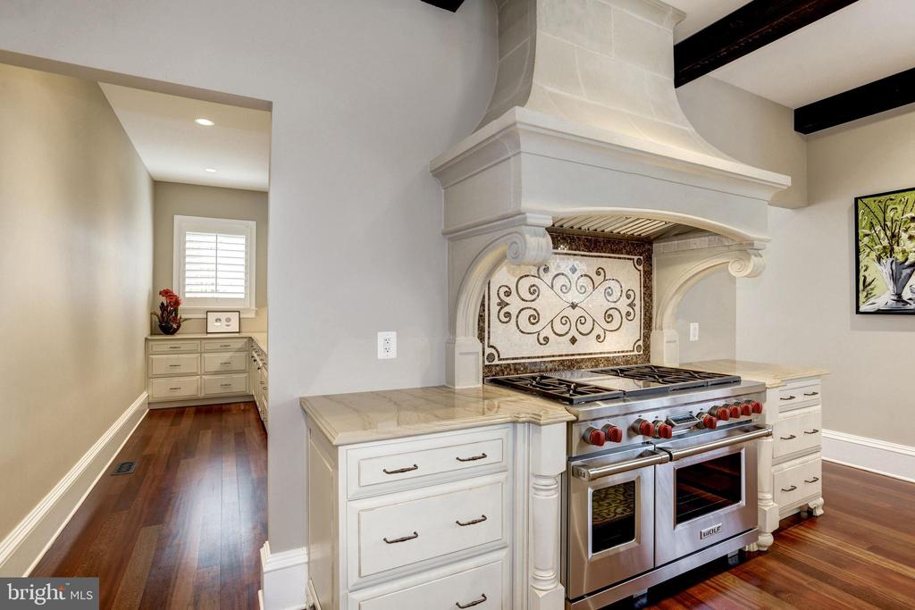 Wolf 6 burner pro range, grill, and double ovens - 6537 36TH ST N, ARLINGTON