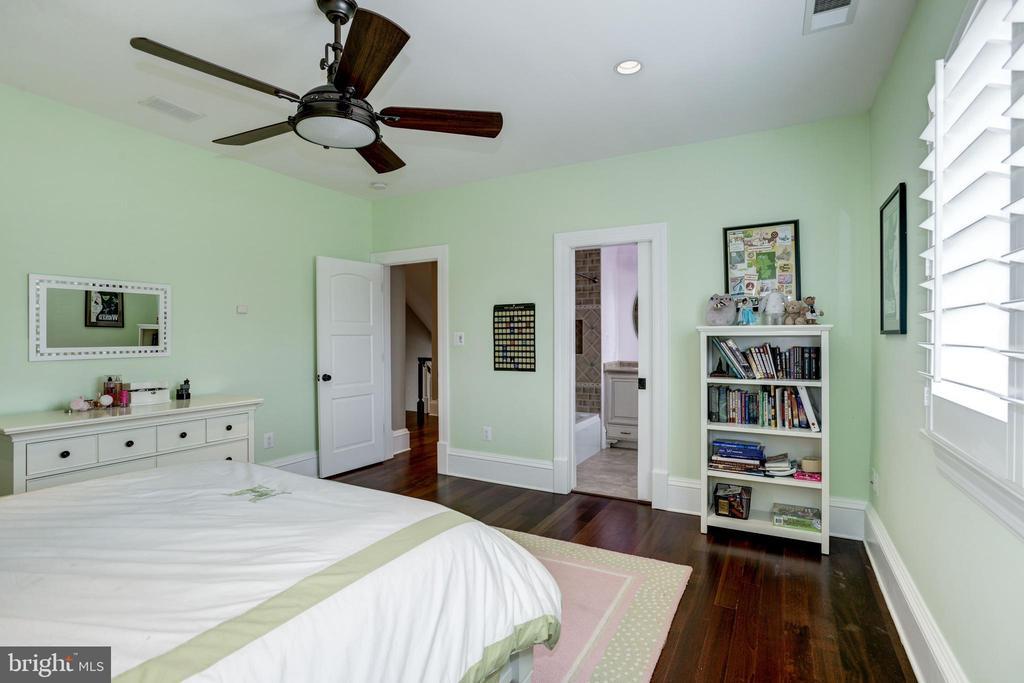 organized walk-in closet, private bathroom - 6537 36TH ST N, ARLINGTON