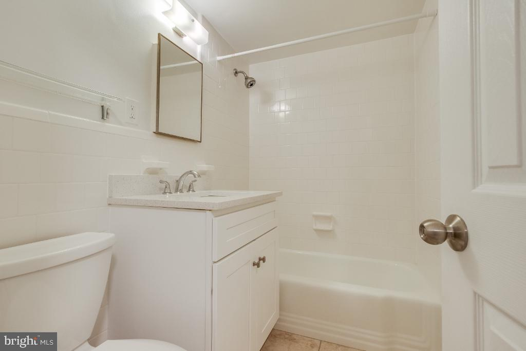 New vanity in bathroom - 1210 N TAFT ST #307, ARLINGTON