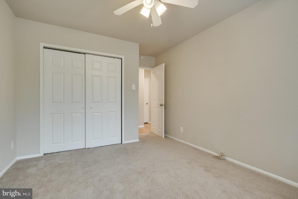 Large Bedrooms - 1210 N TAFT ST #307, ARLINGTON