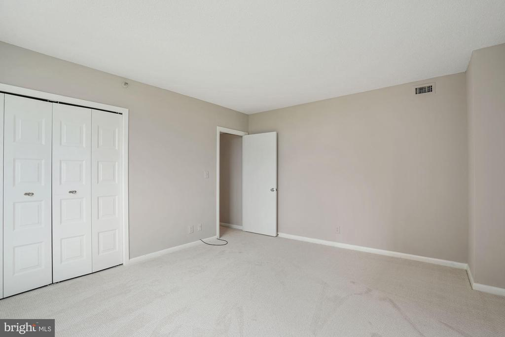 Bedroom #2 - 5501 SEMINARY RD #611S, FALLS CHURCH