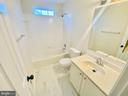 Full bath - 43774 TRAJANS COLUMN TER, ASHBURN