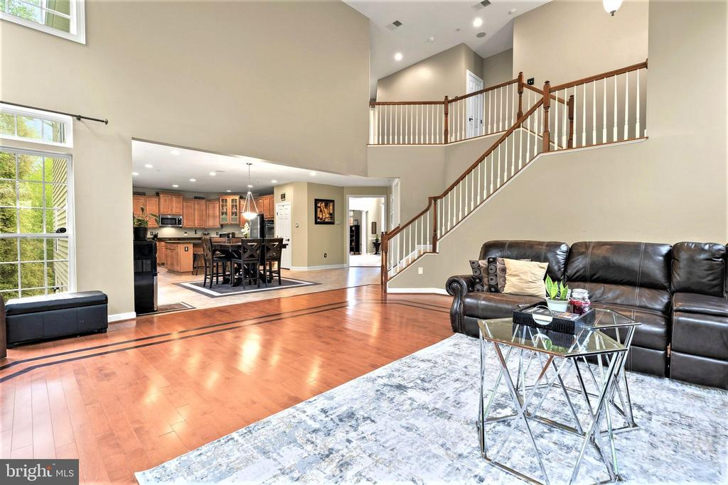 Second Staircase - 5442 EAGLE OWL CT, WALDORF
