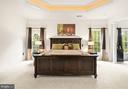Master Bedroom with floor to ceiling windows - 5442 EAGLE OWL CT, WALDORF