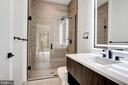 Frameless glass shower door - 801 N NW #303, WASHINGTON