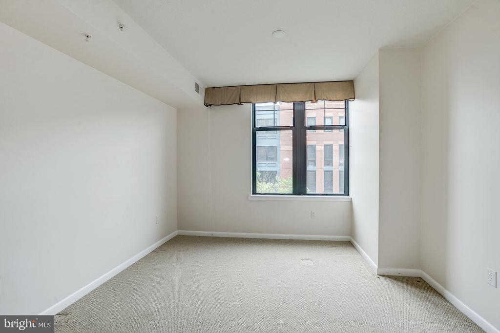 Third bedroom - 1021 N GARFIELD ST #409, ARLINGTON