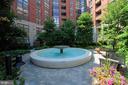 Fountain courtyard - 1021 N GARFIELD ST #409, ARLINGTON