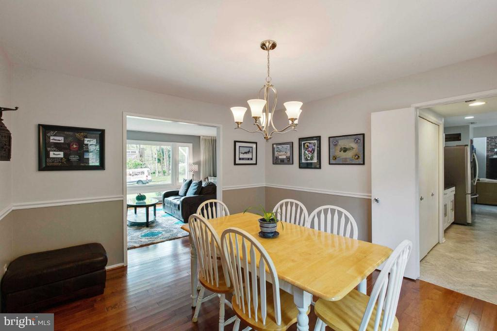 Dining Room leads to Living Room & Kitchen - 6505 CRAYFORD ST, BURKE