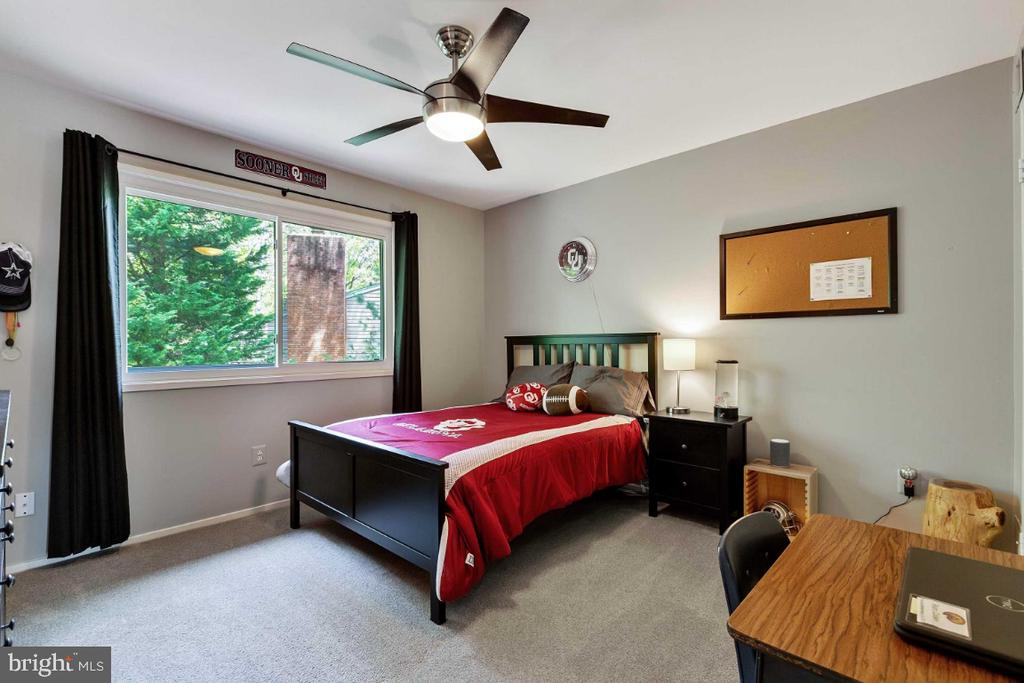 4th Bedroom - 6505 CRAYFORD ST, BURKE