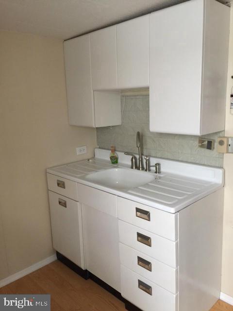 Kitchen 2nd Floor - 411 N MAPLE AVE, BRUNSWICK