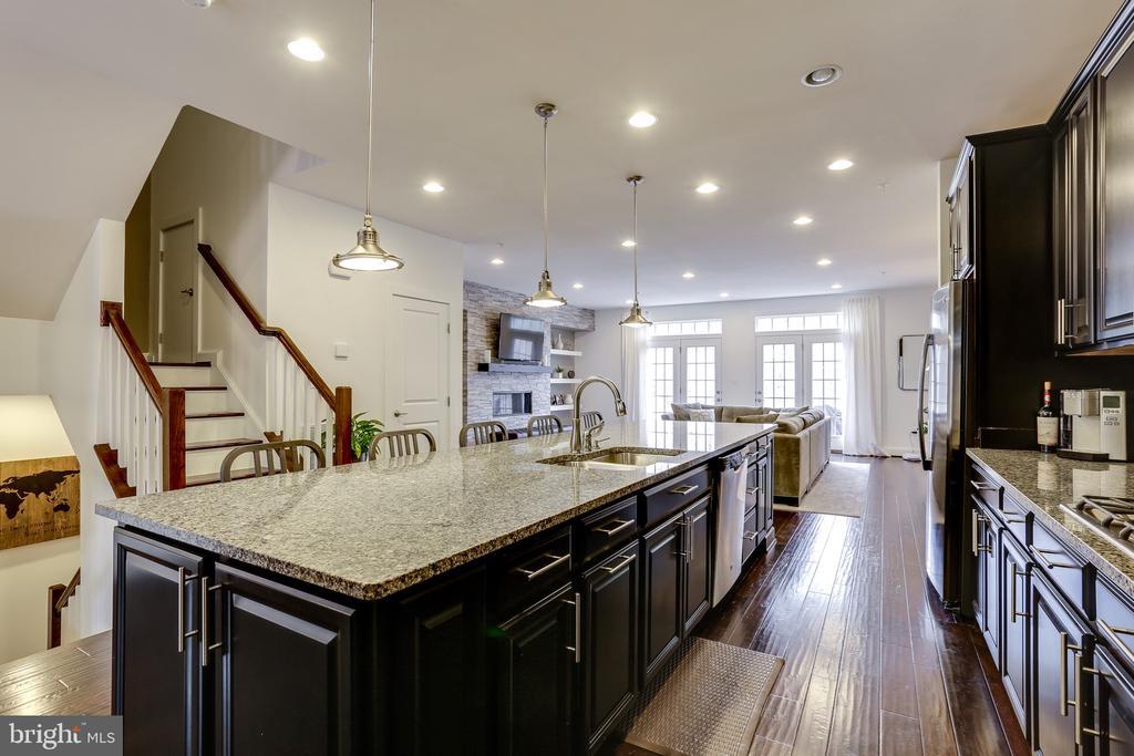 Open Floor Plan on Main Level - 148 MERRIMACK WAY, ARNOLD