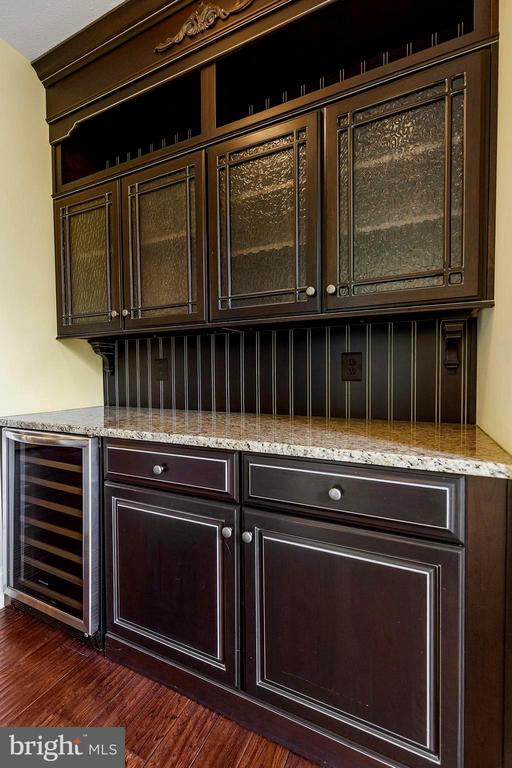 Wet bar complete with wine cooler - 825 CAMP CONOY RD, LUSBY
