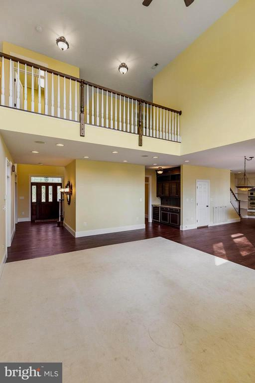Open great room w/cathedral ceilings - 825 CAMP CONOY RD, LUSBY