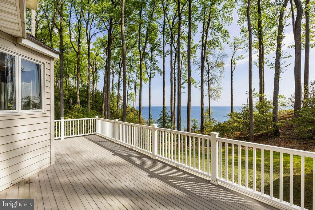 Impressive deck w /water views & propane gas acces - 825 CAMP CONOY RD, LUSBY