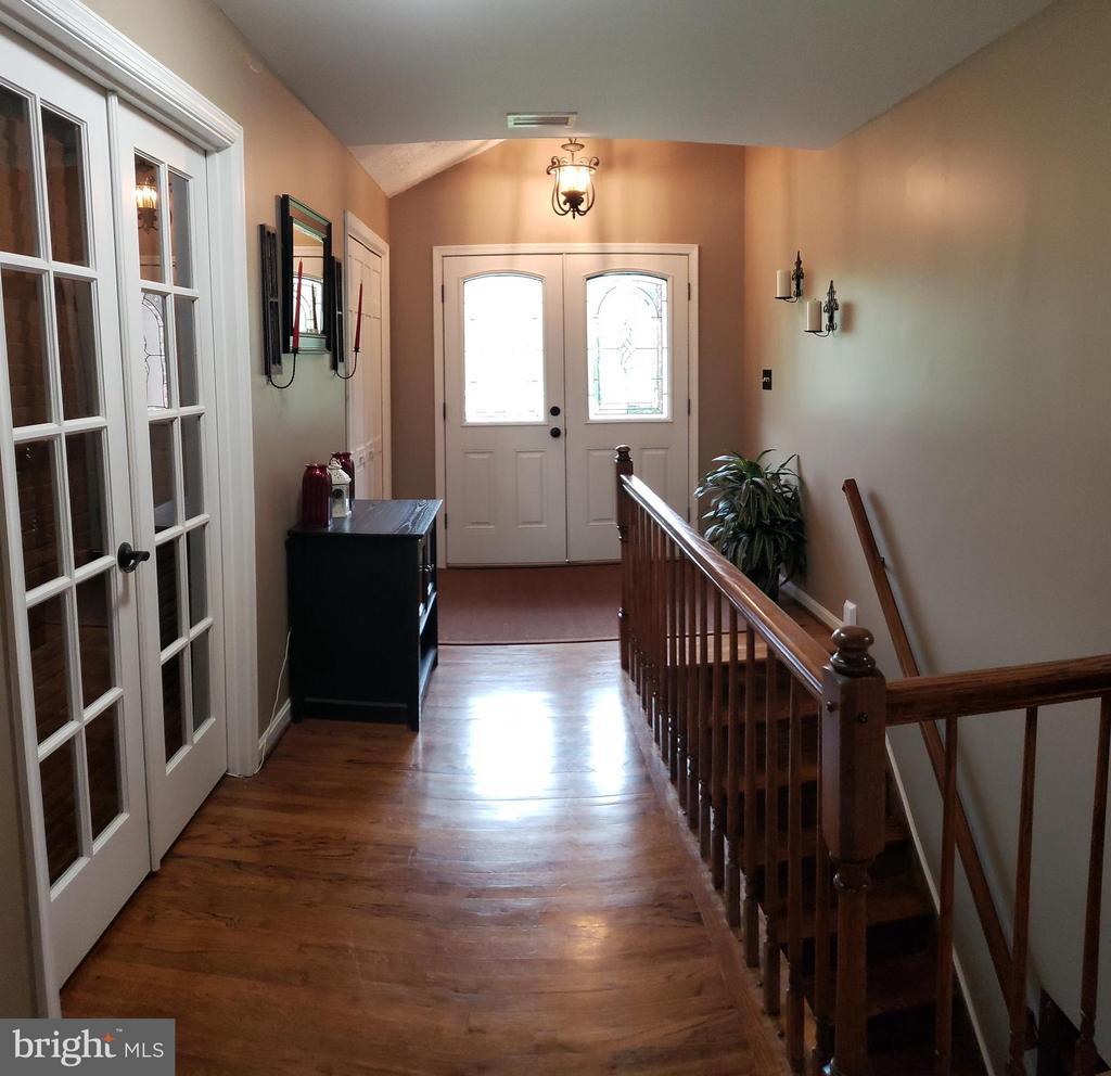 Main Foyer Area - 2714 JAY BIRD CT, KNOXVILLE
