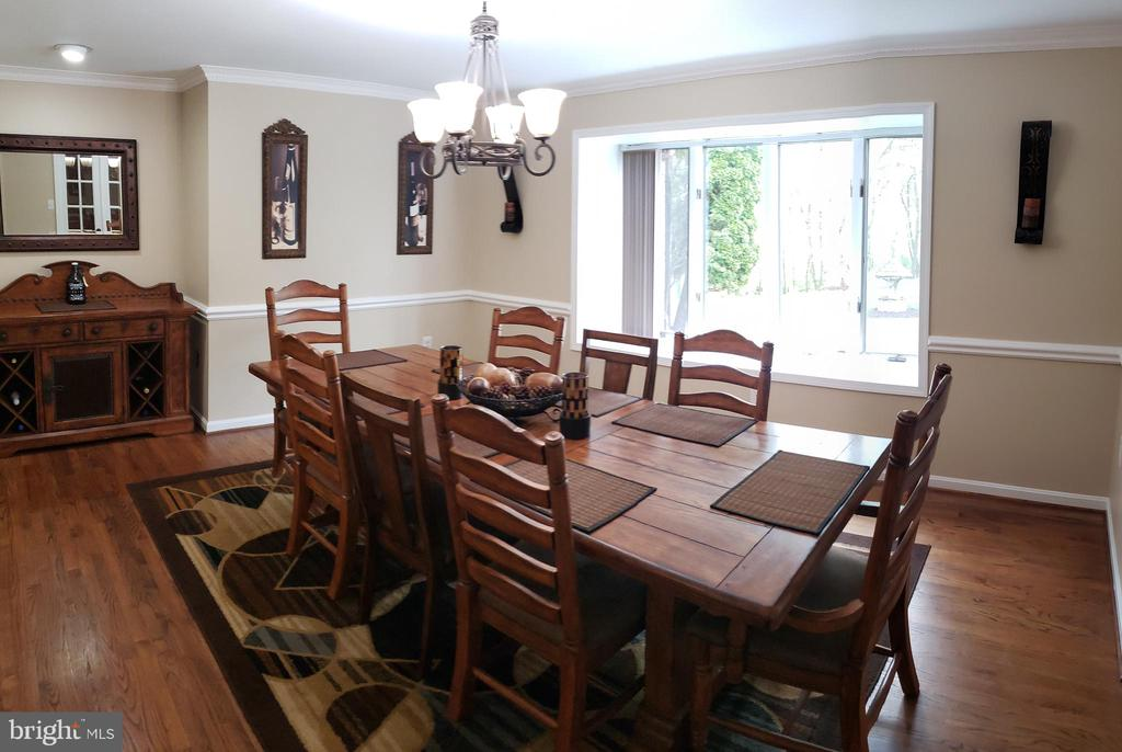 Dining Room with Hardwood Flooring - 2714 JAY BIRD CT, KNOXVILLE