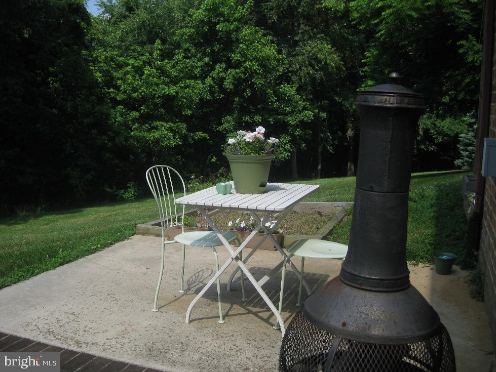 In Law Suite Private Patio - 2714 JAY BIRD CT, KNOXVILLE