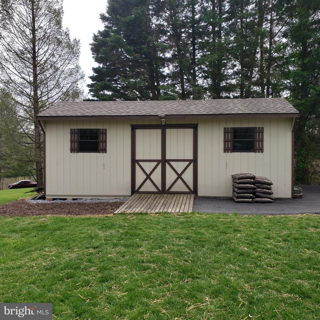 Amish Built Reinforced 12x24 Shed w/ RV Parking - 2714 JAY BIRD CT, KNOXVILLE