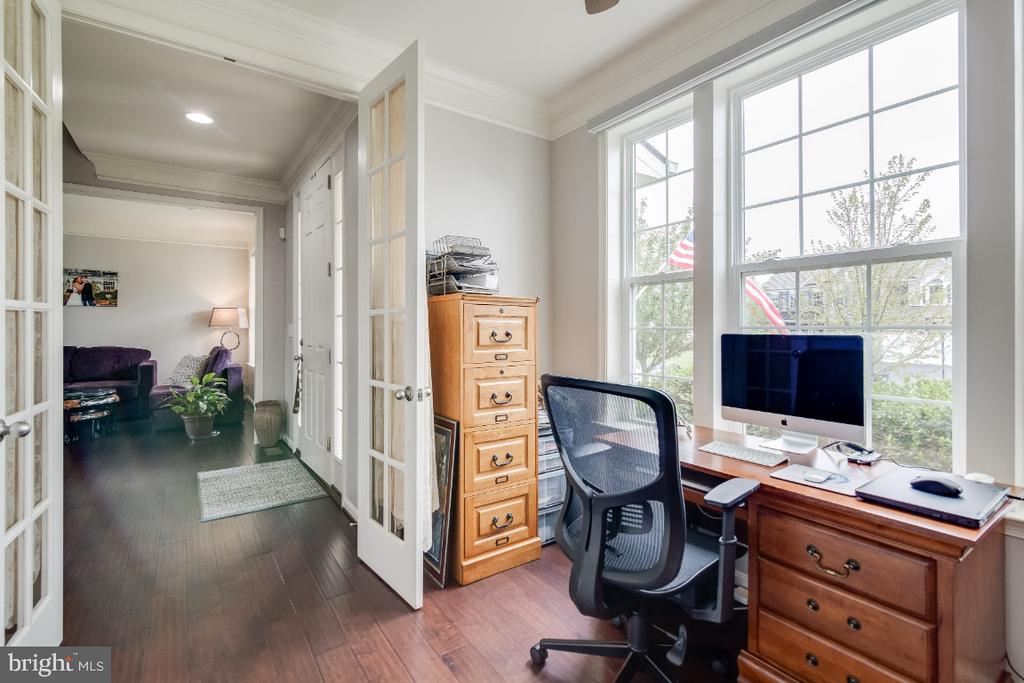 Office with French Doors - 6008 FOX HAVEN CT, WOODBRIDGE