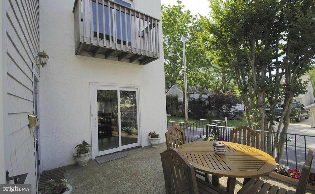 Front Patio - 13 JEREMYS WAY, ANNAPOLIS