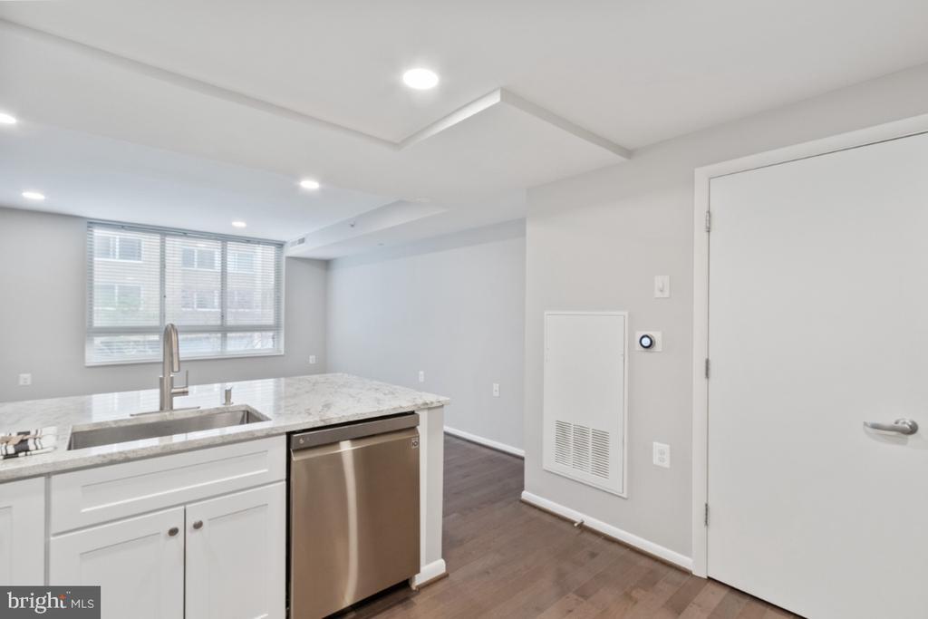 Kitchen into Living Room - 350 G ST SW #N224, WASHINGTON