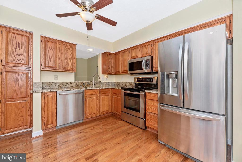 Kitchen - 6204 ILLINOIS CT, NEW MARKET
