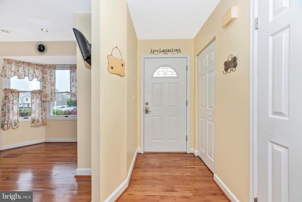 Foyer - 6204 ILLINOIS CT, NEW MARKET