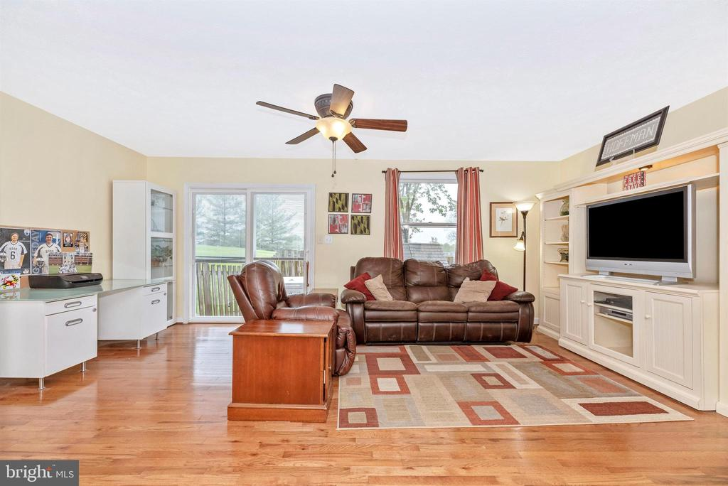 Living Room - 6204 ILLINOIS CT, NEW MARKET