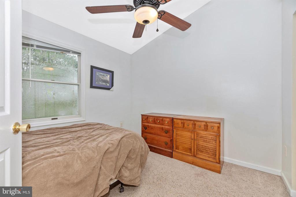 Bedroom 2 - 6204 ILLINOIS CT, NEW MARKET