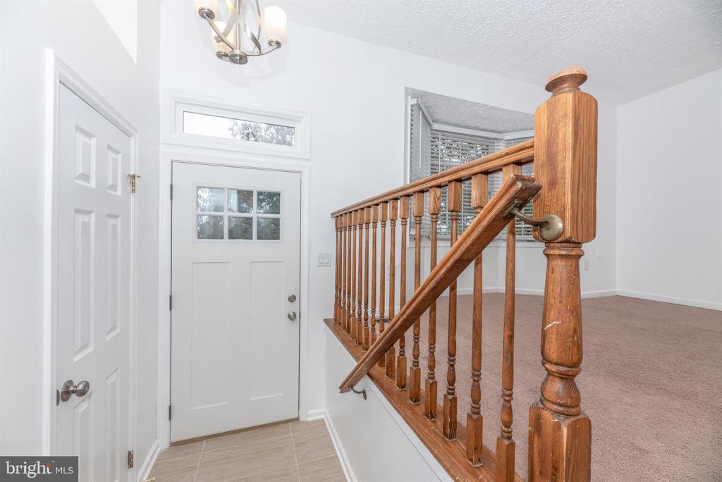 Foyer - 6171 S STEAMBOAT WAY, NEW MARKET