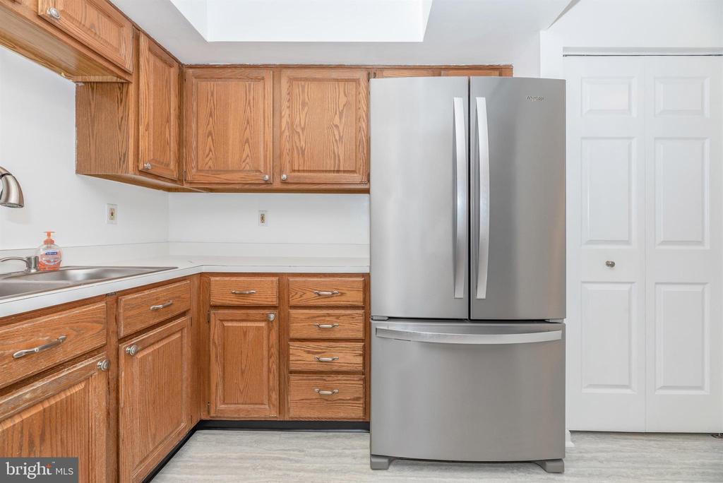 Kitchen - 6171 S STEAMBOAT WAY, NEW MARKET