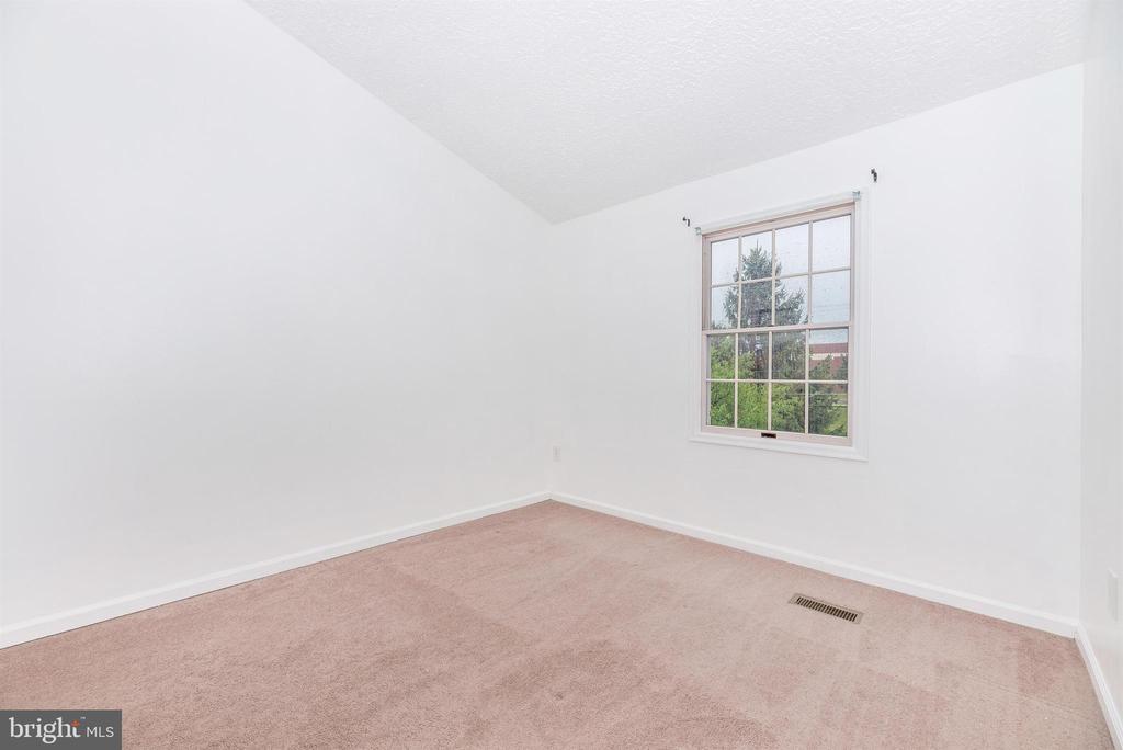 Bedroom 3 - 6171 S STEAMBOAT WAY, NEW MARKET