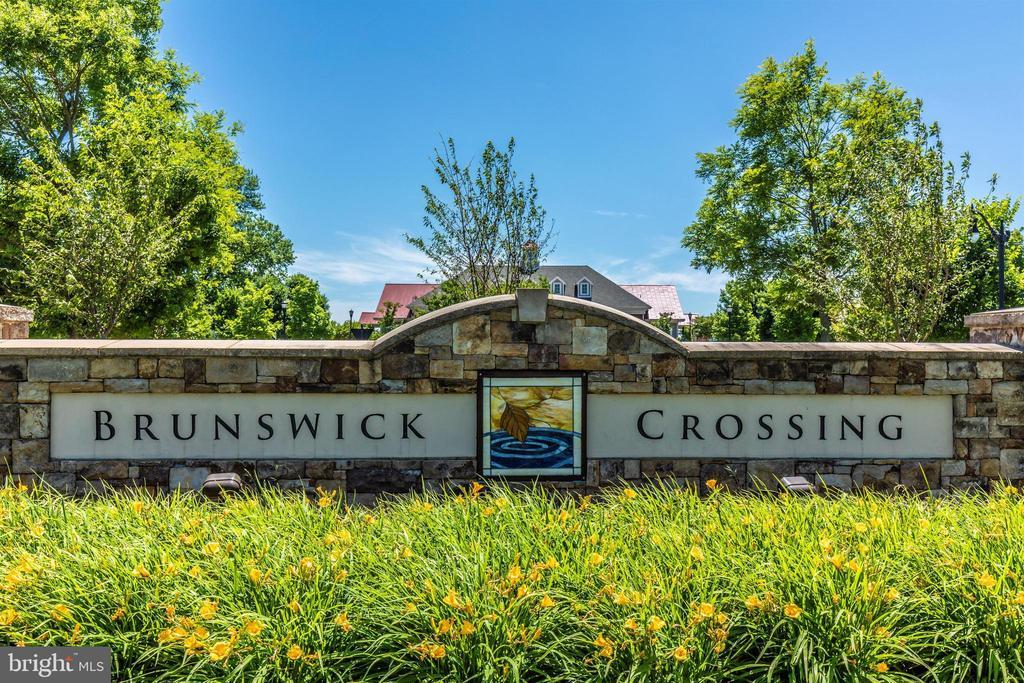 Amenity Filled Brunswick Crossing Community - 811 JEFFERSON PIKE, BRUNSWICK