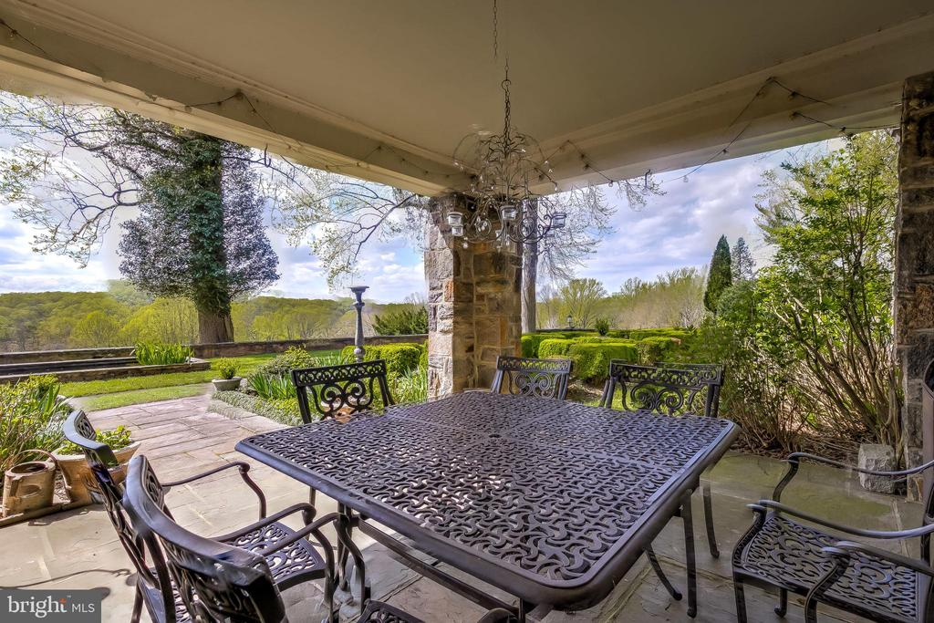 Covered Porch off Dining Room - 12600 JARRETTSVILLE PIKE, PHOENIX
