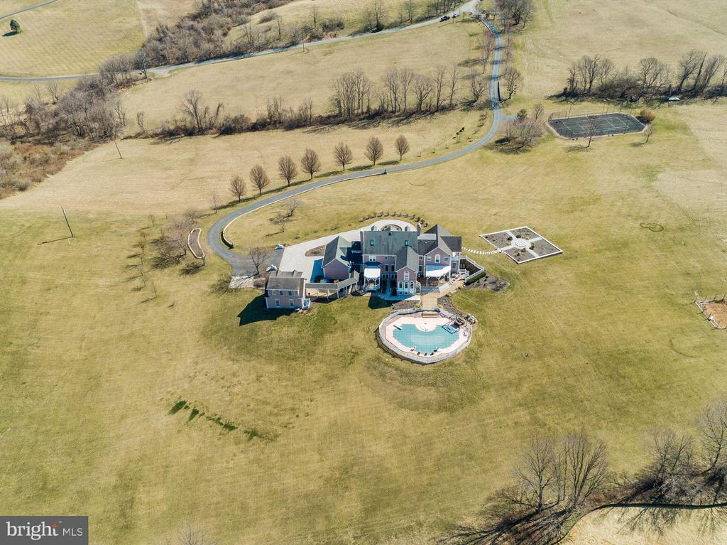 Additional aerial photos ...Tennis Court & Pool! - 15929 BRIDLEPATH LN, PAEONIAN SPRINGS