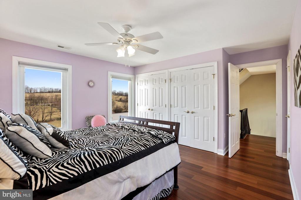 Bedroom #2 on 2nd floor. - 15929 BRIDLEPATH LN, PAEONIAN SPRINGS
