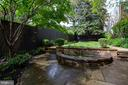 Deep and wide private back yard with fountain - 1510 26TH ST NW, WASHINGTON