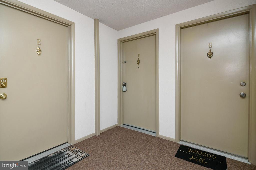 Entrance - 12209 PEACH CREST DR #903-F, GERMANTOWN