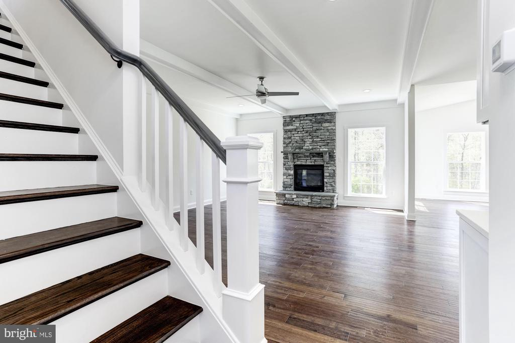 - LOT 6 JACOBS HILL CT, LEESBURG