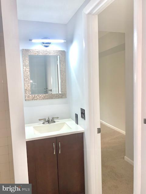 Master Bath with Stand up Shower - 5443 EL CAMINO #5AB, COLUMBIA