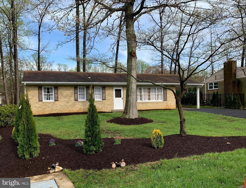 Single Family Homes 為 出售 在 Dunn Loring, 弗吉尼亞州 22027 美國