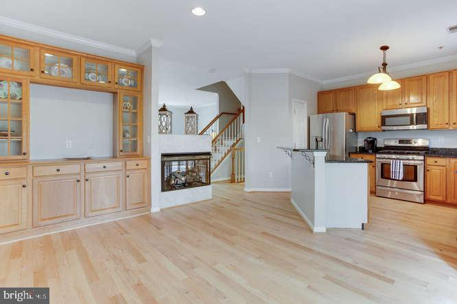 Dining Area off kitchen with built in shelving - 619 SNOW GOOSE LN, ANNAPOLIS
