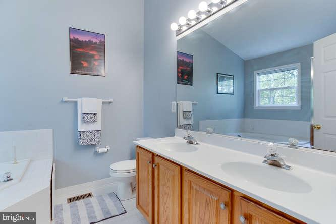 Master Bath with double sinks - 619 SNOW GOOSE LN, ANNAPOLIS