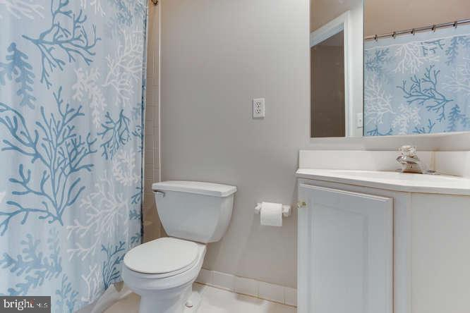 Full Bath in Hall - 619 SNOW GOOSE LN, ANNAPOLIS